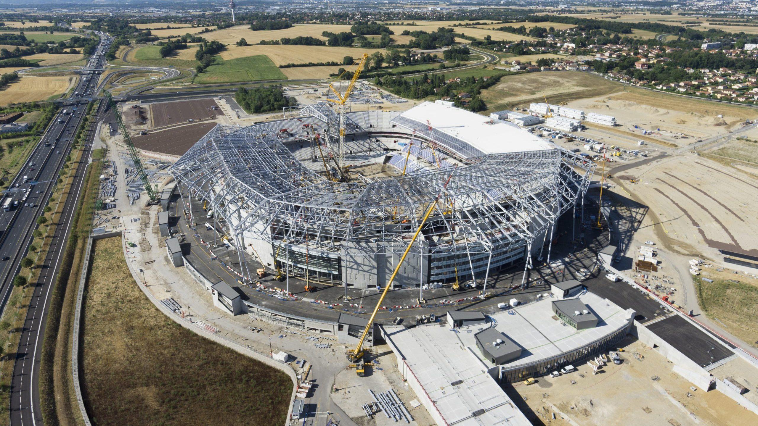Vue aérienne Grand Stade - Copyriht @PHOTEC.jpg